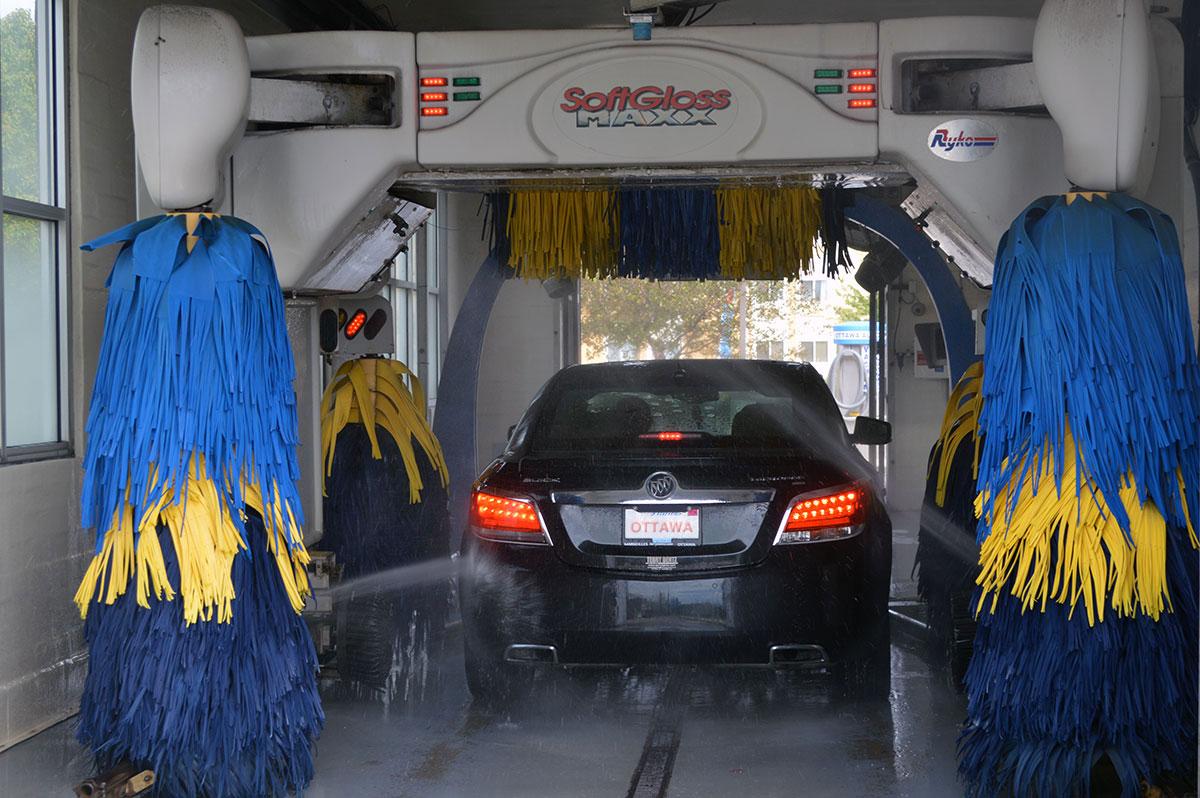 Car wash services ottawa auto spa ottawaautospa carwash2b ottawaautospa carwash1b ottawa auto spa solutioingenieria Choice Image